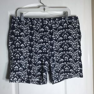 Izod Womens Navy Shorts With White Trees Patten 12